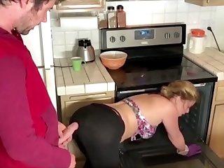 My aussie stepmom is in doggystyle position got fucked