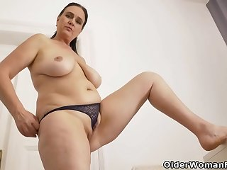 Euro milf Ria Black takes a welldeserved masturbation break